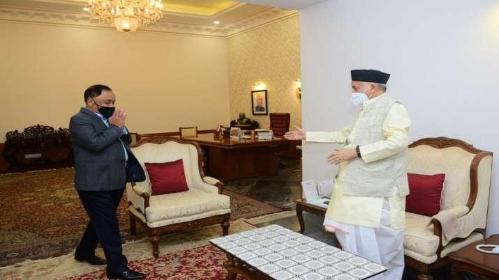 Former Maharashtra CM Narayan Rane meets state governor