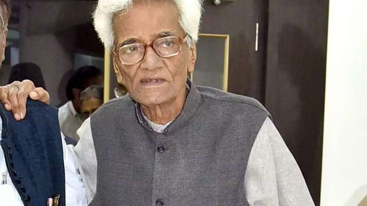 Noted Urdu satirist Mujtaba Hussain passes away at 84