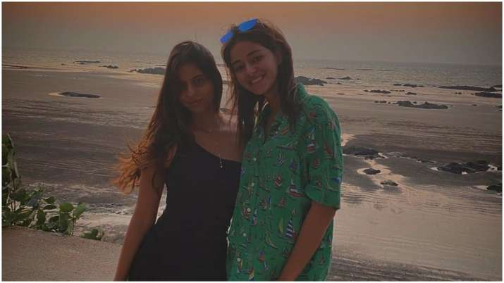 As Suhana Khan turns 20, bestie Ananya Panday shares throwback picture with adorable birthday wish