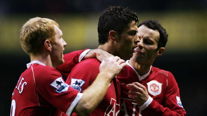 Cristiano Ronaldo, Ryan Giggs, Paul Scholes in Solskjaer's Manchester United six-a-side squad