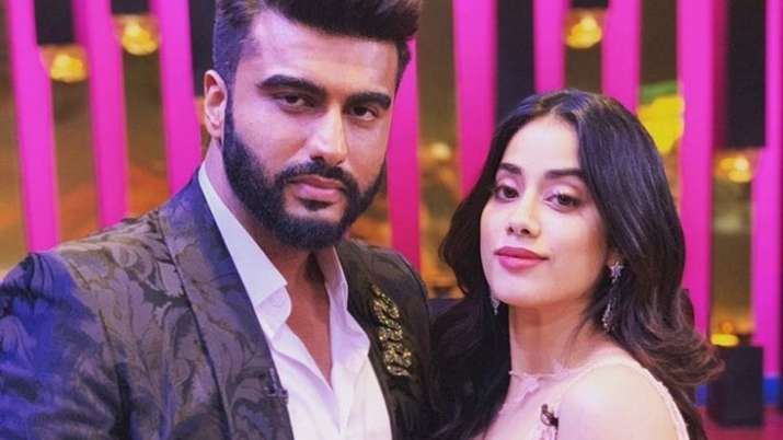 Arjun Kapoor opens up on supporting Janhvi, Khushi after Sridevi's death: In that moment