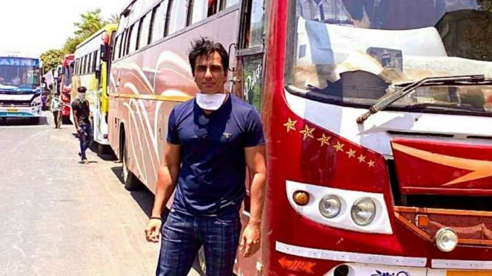 Maharashtra minister lauds Sonu Sood for arranging buses for migrant