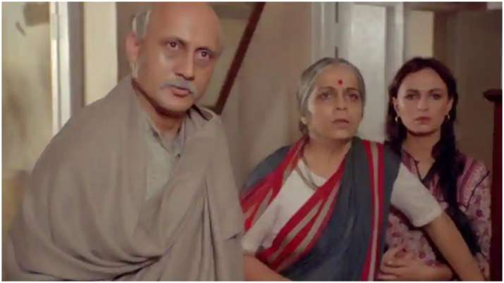 Anupam Kher completes 36 years in film industry, thanks God and audience for all the support