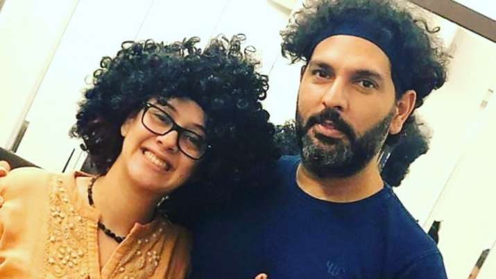 Hazel Keech copies husband Yuvraj Singh's hairdo and we can't stop laughing