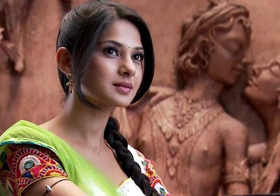India Tv - Jennifer Winget in Saraswatichandra