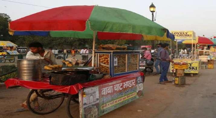 'Pani Puri' to 'Vada Pav': Mumbai's street food business in jeopardy due to lockdown