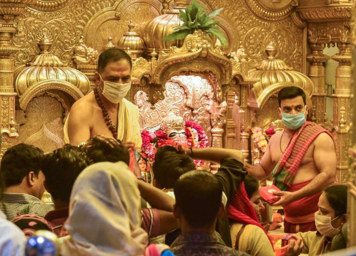 Karnataka to reopen temples, mosques, churches from June 1