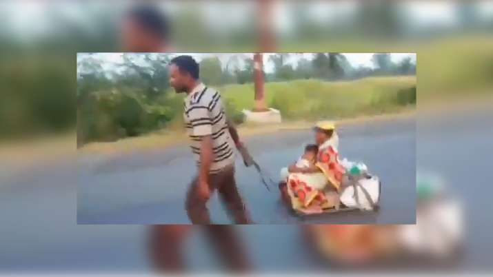 Video: Migrant worker wheels 8-months pregnant wife, child on makeshift cart for 700 kms
