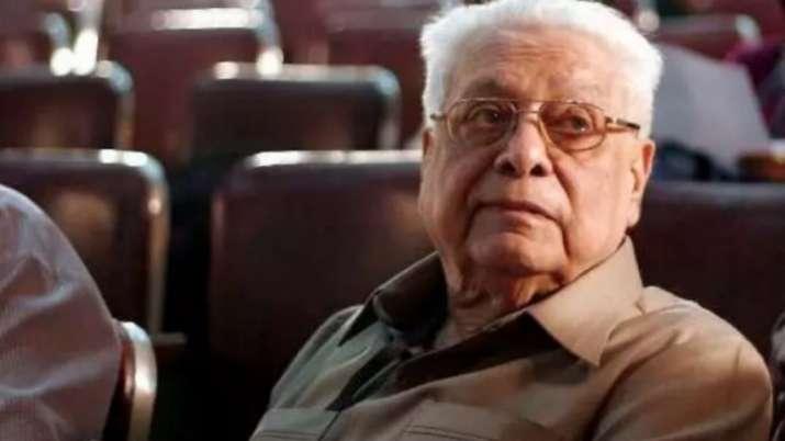 RIP Basu Chatterjee: Rajnigandha to Khatta Meetha, 5 feel-good films that will be cherished forever