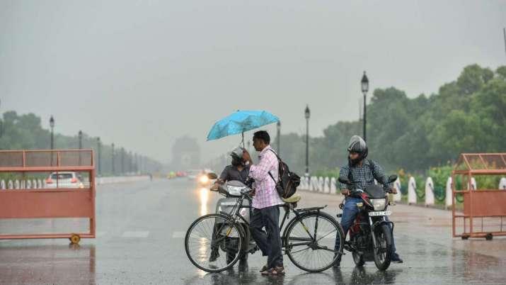 Rain begins in Delhi-NCR, could hamper view of Solar Eclipse 2020
