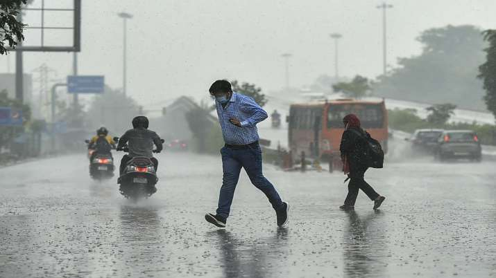Morning showers continue in Delhi, monsoon onset on Wednesday: IMD