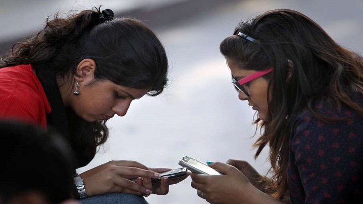 Tripura govt to start learning initiative for students on mobile phones