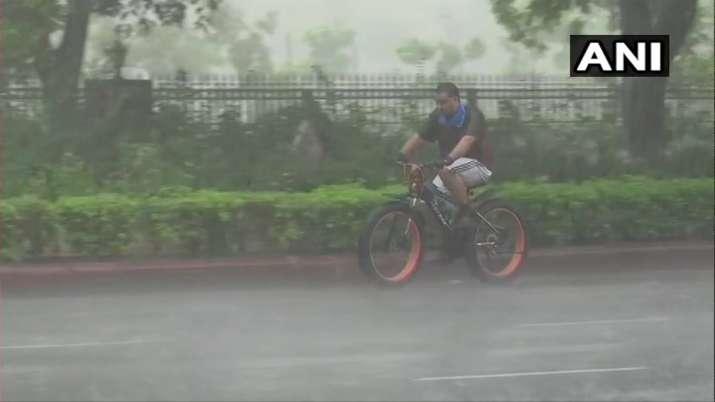 Delhi Rain Visuals