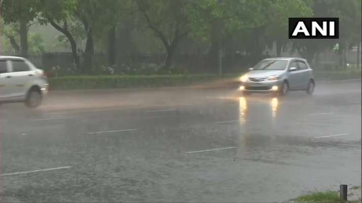 India Tv - Delhi Rain Visuals