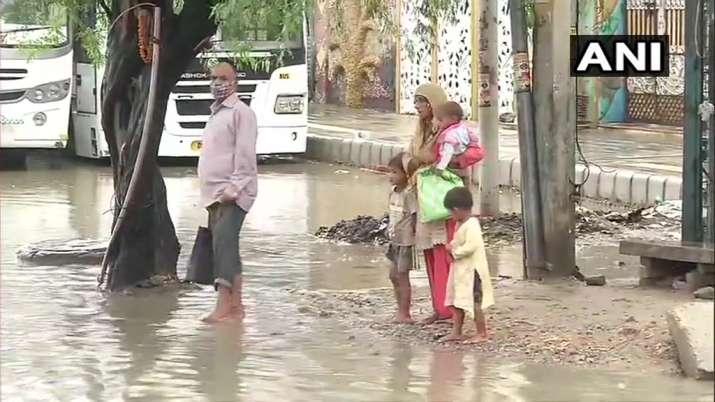 India Tv - Delhi waterlogging visuals from Burari