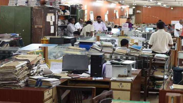 Indore: Govt offices now allowed to operate with full strength