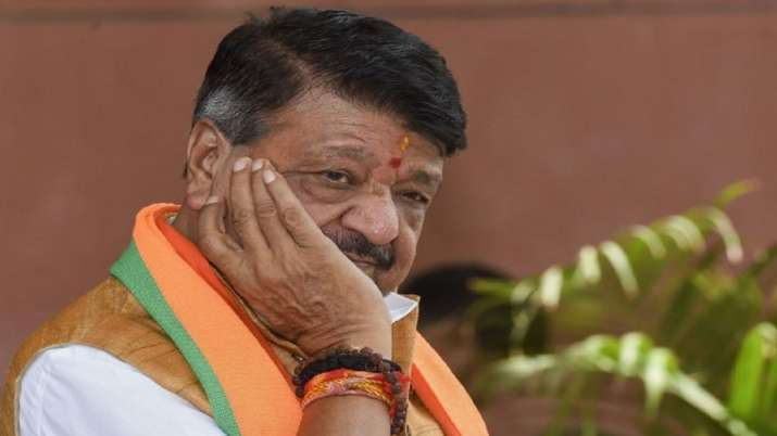 'Chunnu-Munnu' remarks of BJP's Vijayvargiya violated poll code provisions: Election Commission