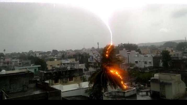 Cyclone Nisarga: Lightning strikes Bhavnagar as heavy rain lashes Gujarat