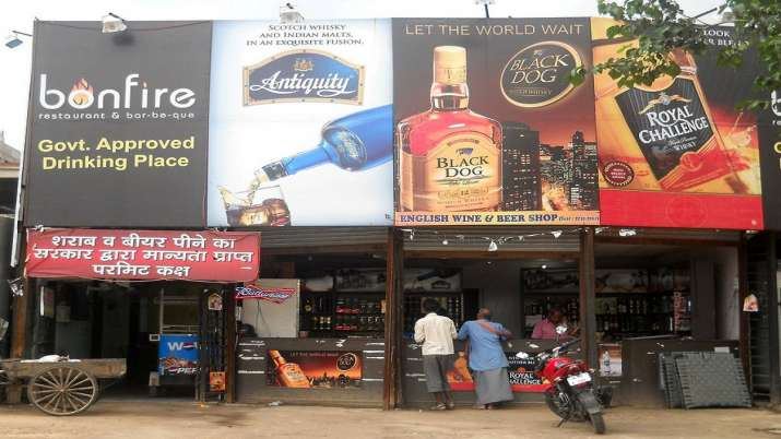 Liquor shops, outside containment zones, to remain open in Uttar Pradesh during lockdown