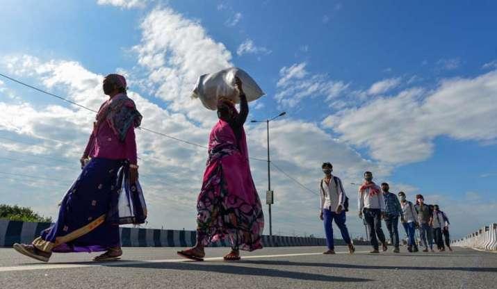 Bihar Health department distributes condoms among migrant labourers