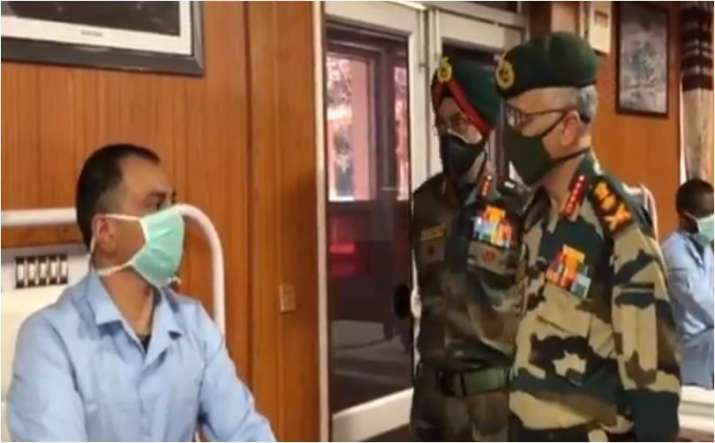Army Chief General MM Narvane meets injured soldiers at military hospital in Leh