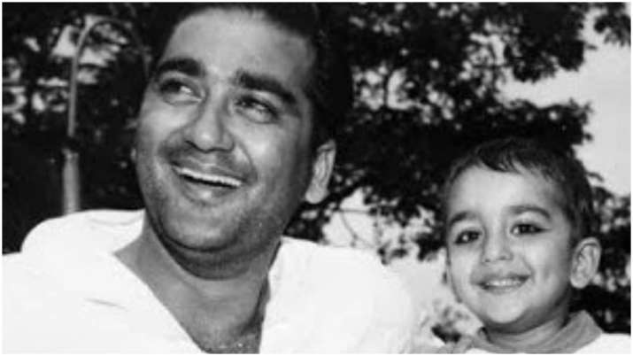 Sanjay Dutt remembers father Sunil Dutt on birth anniversary, calls him his 'source of happiness. st