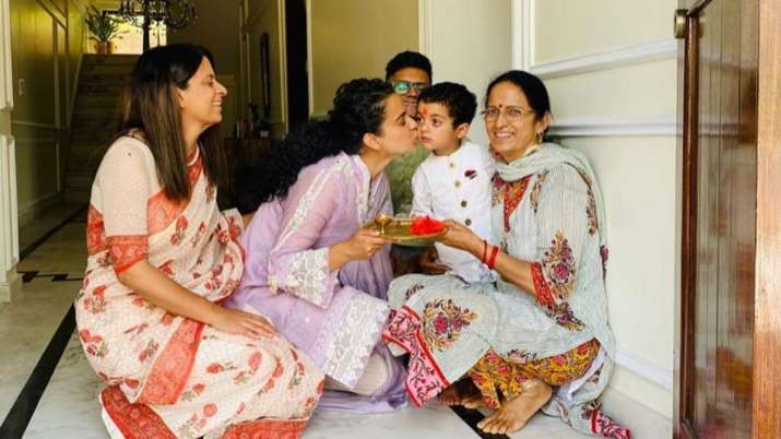 Kangana Ranaut makes nephew Prithvi's entry to Rangoli's new home special with 'aarti' and 'halwa'