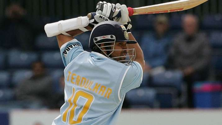 On this day in 2007: Sachin Tendulkar becomes first cricketer to breach 15,000-run mark in ODIs thumbnail