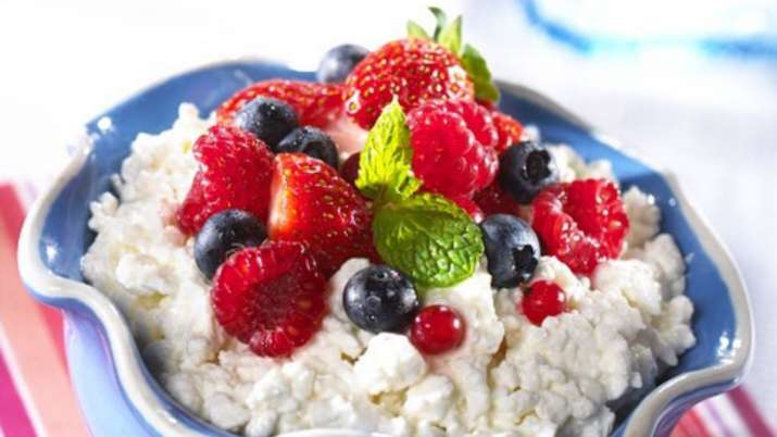 India Tv - Cottage Cheese + Berries + Almonds
