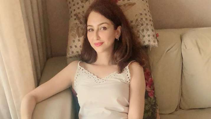 When Bhabhiji Ghar Par Hain actress Saumya Tandon got rejected abroad for being 'too fair'