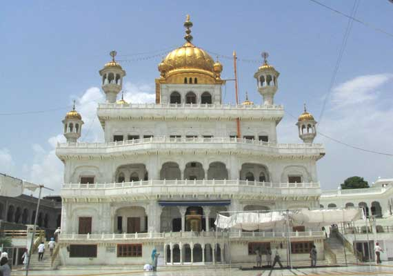 Punjab: Maximum 20 people permitted in places of worship