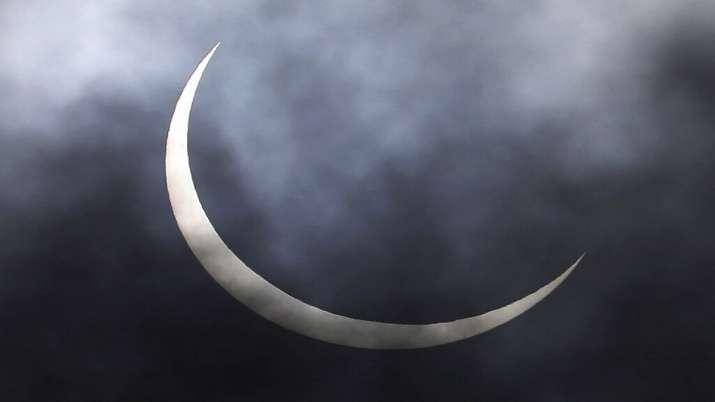 India Tv - Solar Eclipse Delhi, Solar Eclipse 2020 photos, Surya Grahan