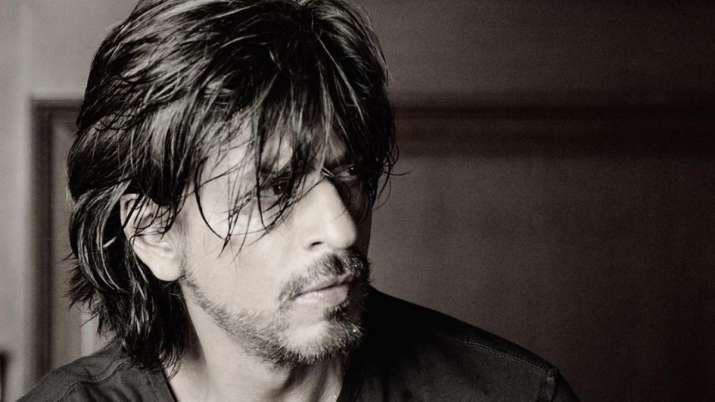 Shah Rukh Khan completes 28 years in Bollywood, thanks fans for their love through heartwarming post
