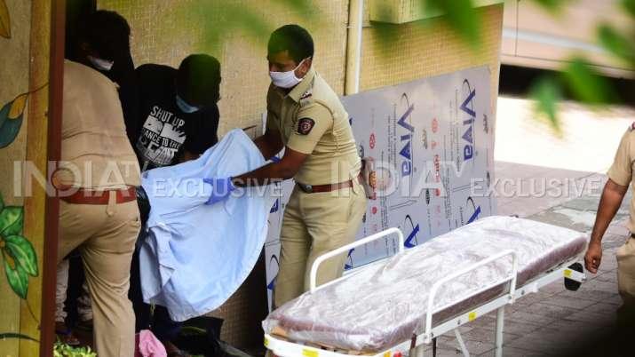 COMPÉTENCES SEXUELLES Sushant Singh Rajput se suicide; derniers rites qui auront lieu lundi | MISES À JOUR