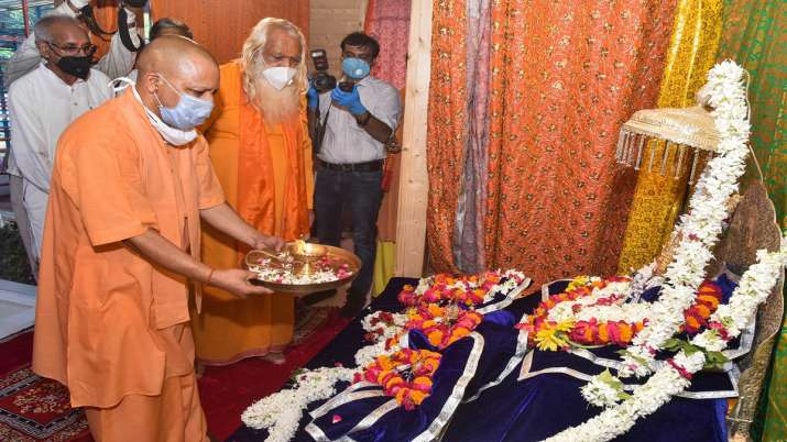 Uttar Pradesh Chief Minister Yogi Adityanath offers prayers