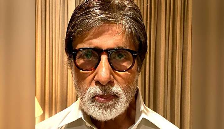 Amitabh Bachchan updated his blog from the isolation ward of Nanavati Hospital. Read it here