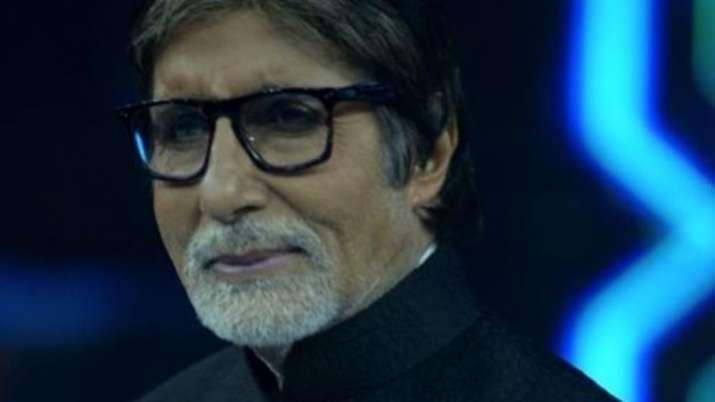 Amitabh Bachchan sings in Covid ward at night