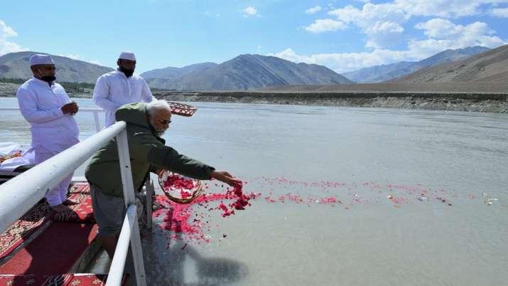 PM Modi, Sindhu Puja, Ladakh, Modi in Ladakh