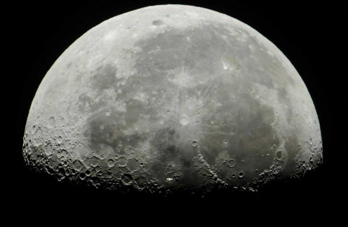 The moon was formed from a magma ocean that took up to 200 million years to solidify