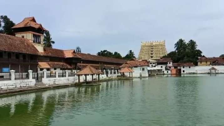Padmanabha Swamy Temple has chambers that consist of royal