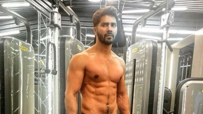 Varun Dhawan transfers money directly into 200 Bollywood dancers' accounts: report