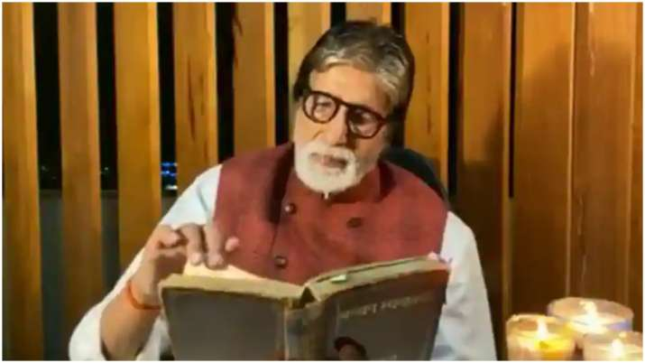 Amitabh Bachchan reflects on life, says 'World is no more what it was in times of quiet love'