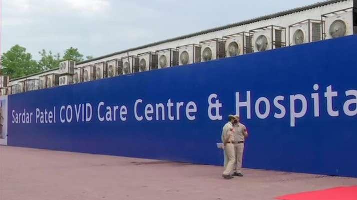 Delhi LG Baijal inaugurates 10,000-bed Sardar Patel COVID care centre