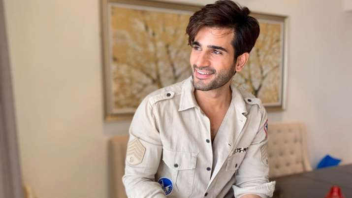List of 20+ Most Handsome Men In India 2021