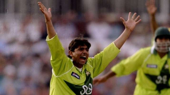 Told my wife to hide inside cupboard: Saqlain Mushtaq reveals incident when he went against PCB's ru