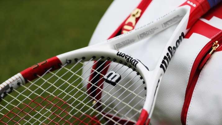 A representational image of tennis racket