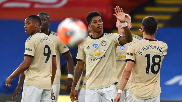 Premier League Manchester United Remain In Contention For Top 4 Race With Win Over Palace Football News India Tv