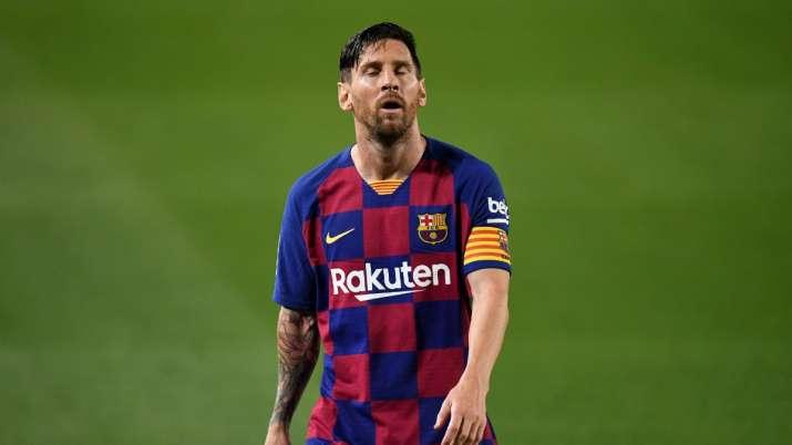 Lionel Messi feels lack of support at Barcelona, says Dani Alves