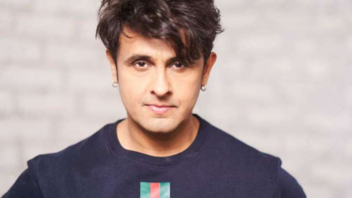 Sonu Nigam claims he is fed up with fans' questions on WhatsApp. Know why