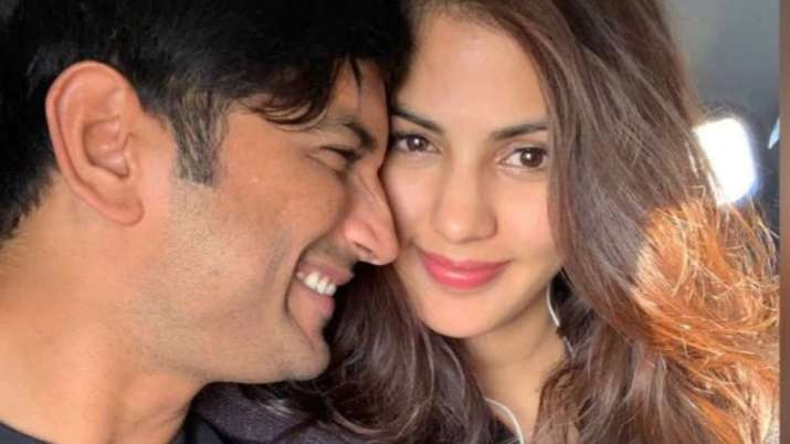Sushant Singh Rajput and Rhea Chakraborty unseen photo